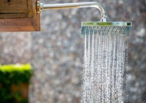 delta shower head and faucet